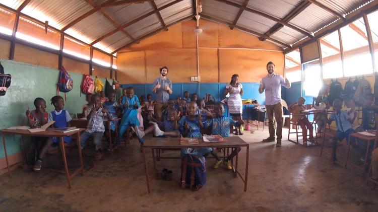 2017-03-20-les-aan-Ghanese-kinderen_01