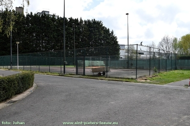 2017-04-10-tennisbanen-sporthal-Wildersport (1)