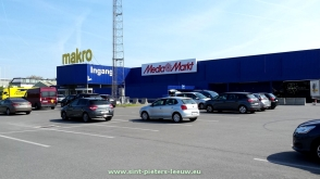 2017-04-18-Mediamarkt_in_Makro_Sint-Pieters-Leeuw_02