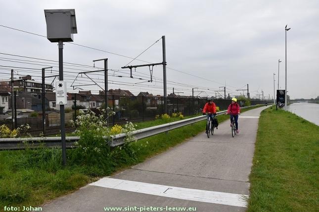 2017-04-21-fietssnelweg_F20 (10) - Lot - Ruisbroek_fiets-tellen_fietstellus