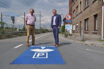 2017-06-01-blauwe-zone-wegmarkeringen_01