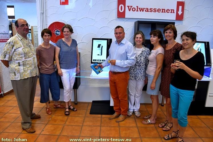 2017-06-19-zelfuitleen_bibliotheek_Sint-Pieters-Leeuw