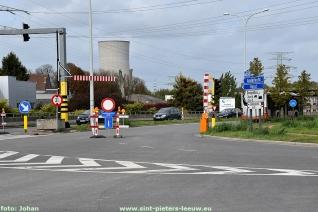2017-10-01-vrachtwagen-Portaal-Humaniteitslaan-beschadigd_01