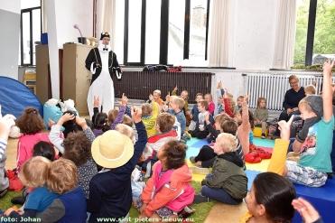 2017-10-08-bibliotheekweek_Sint-Pieters-Leeuw (13)