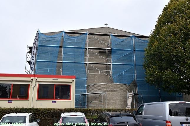 2017-11-09-betonrestauratie-kerk-Zuun (2)