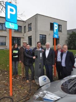 2017-11-16-Laadpaal-Ruisbroek_6