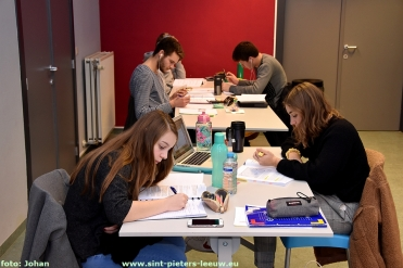 2017-12-29-samen-blokken_studeren_jeugddienst_03