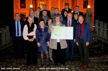 2018-01-11-cheques_serviceclub-fifty-one_02