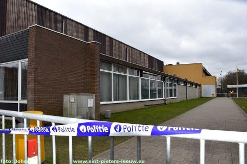 2018-03-10-sporthal-Wildersportcomplex-afgesloten (1)