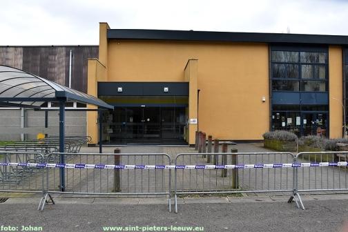 2018-03-10-sporthal-Wildersportcomplex-afgesloten (3)