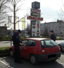 2018-03-21-politie-controle-shopping-pajot