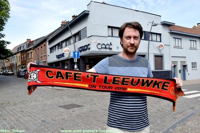 2018-05-28-cafe-t-Leeuwke-Groot-scherm-sjaal