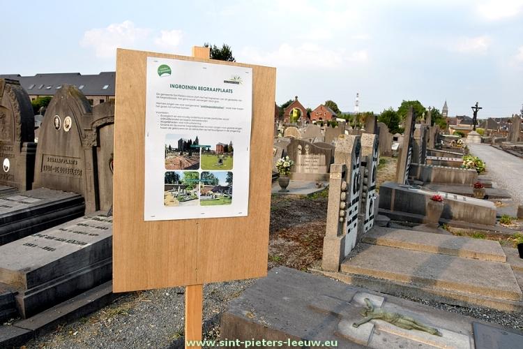 2018-07-04-aankondiging_ingroenen-begraafplaats_Ruisbroek_01