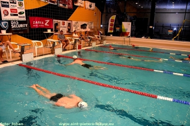 2018-11-24_12-uren_zwemmarathon (19)