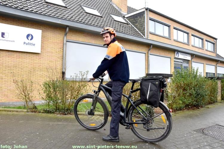 2019-03-04-elektrische-dienstfietsen_Politiezone-Zennevallei_wijkwerking_Zuun_01
