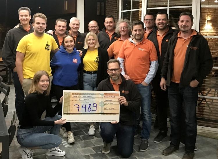 2019-10-07-Groepsfoto LG cheque.jpg
