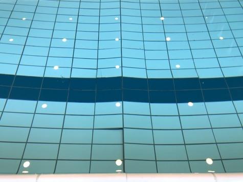 2019-12-31-loskomende-tegels-zwembad_01