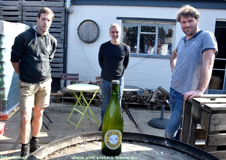 Juicy & Wild Muscar-Elle van de Lambiek Fabriek uit Sint-Pieters-Leeuw